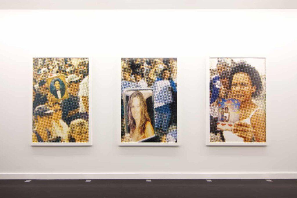 Corpo de Alma [O Estato do Mundo Series], 2006-2009 (Archival inkjet prints – Exhibition view, mor charpentier, Paris, 2016)
